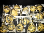 GO MICHIGAN Maize & Blue Cake Pops