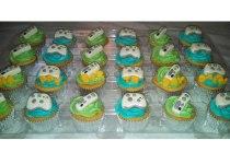 Fondant X Box Toppers on Two Dozen Cupcakes