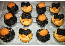 Halloween Orange & Chocolate Cupcakes
